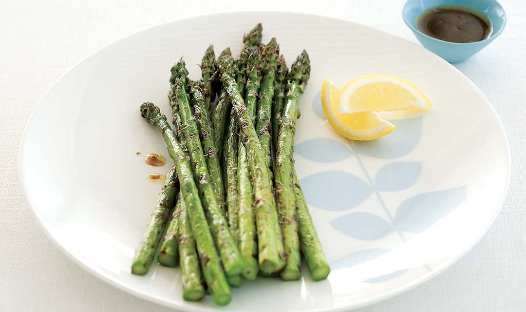 Spicy Char-grilled Asparagus